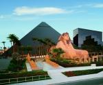 Отель и казино Луксор
